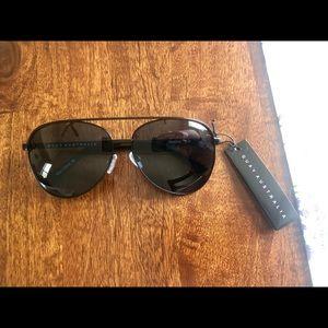 QUAY Australia Sunglasses- Vivienne